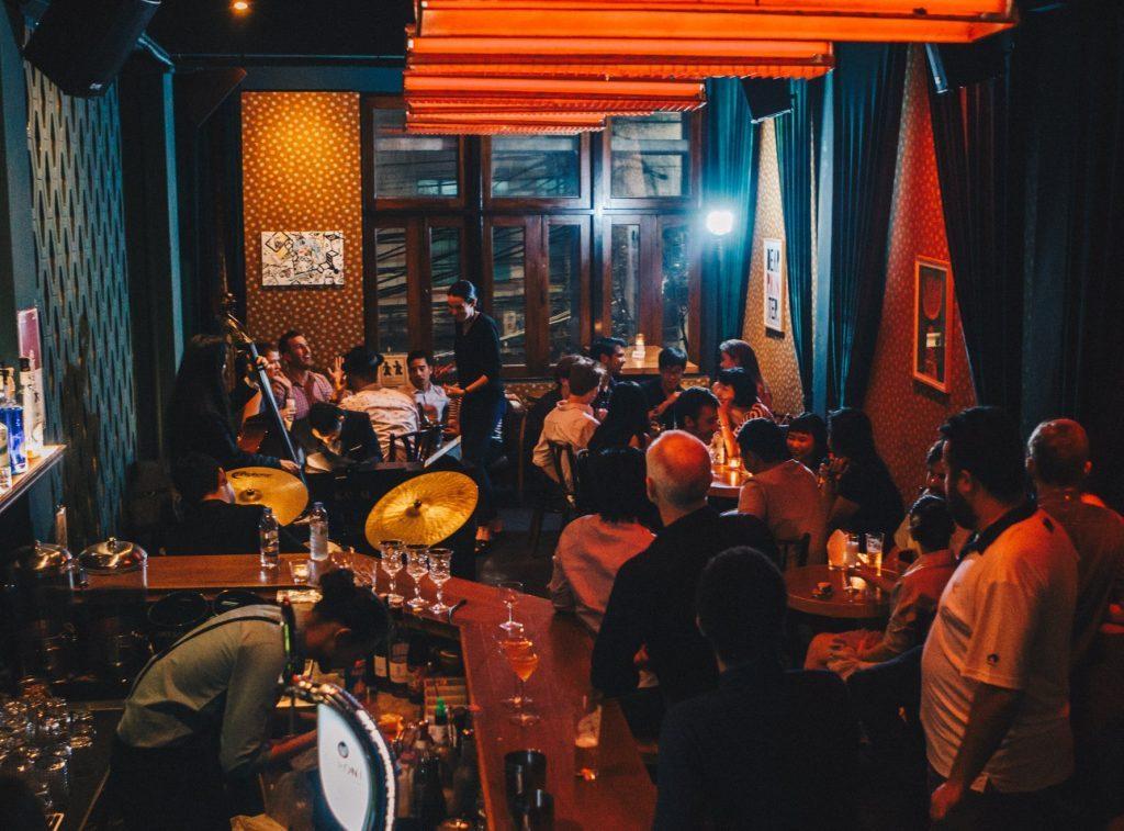 foojohn bar jazz concert